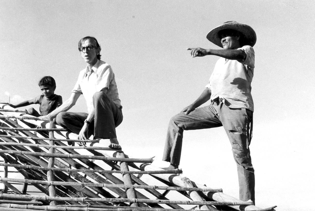 Casaldáliga construíndo casa. 1977