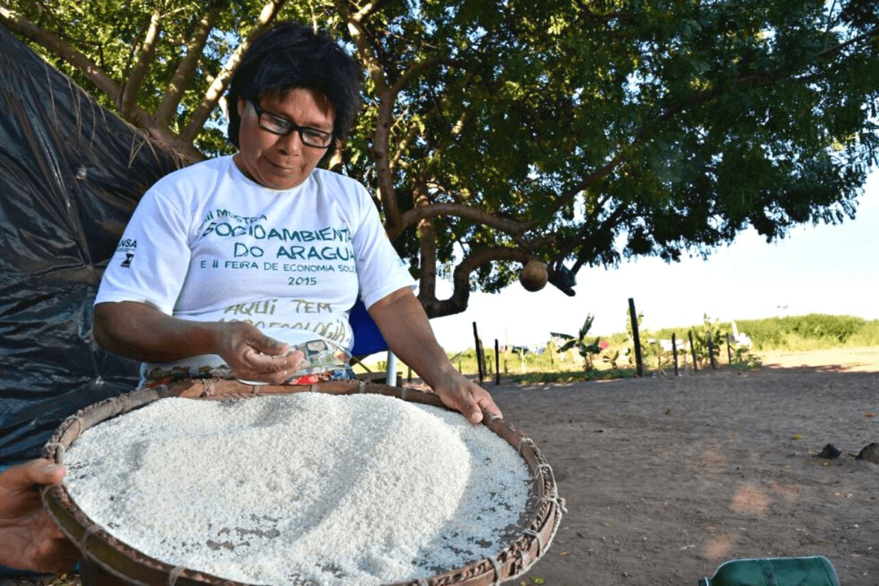Els pobles indígenes conviuen a l'Araguaia
