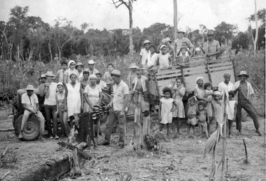 Emigrantes en el poblado de Santa Terezinha